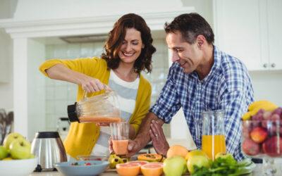 Wyciskarka czy sokowirówka? Co wybrać do swojej kuchni?
